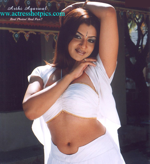 Bollywood Hollywood Tollywood Actress Hot Pictures Photos Images Pics Sexy Wallpapers Spicy Stills